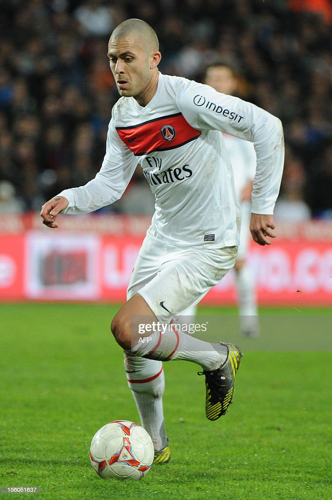 Paris Saint-Germain's midfielder Jeremy Menez controls the ball during the French L1 football match Montpellier versus Paris Saint-Germain (PSG) at the Mosson stadium in Montpellier, on November 11, 2012.