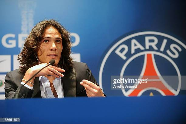 Paris SaintGermain's new forward Edinson Cavani attends a press conference on July 16 2013 in Paris France Cavani's transfer to Paris SaintGermain...