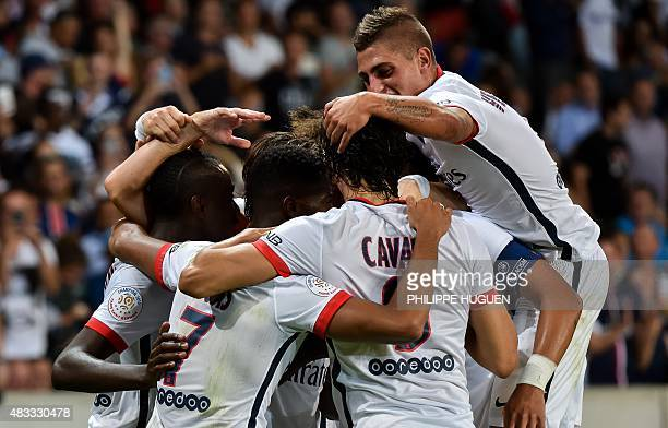 Paris SaintGermain's players celebrate Lucas' goal during the French Ligue 1 football match between Lille and PSG on August 7 2015 at the Pierre...
