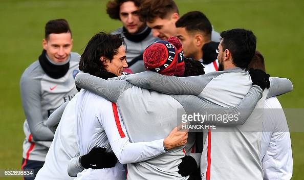 Paris SaintGermain's players reacts during a training session on January 28 2017 in SaintGermainenLaye western Paris on the eve of the French L1...