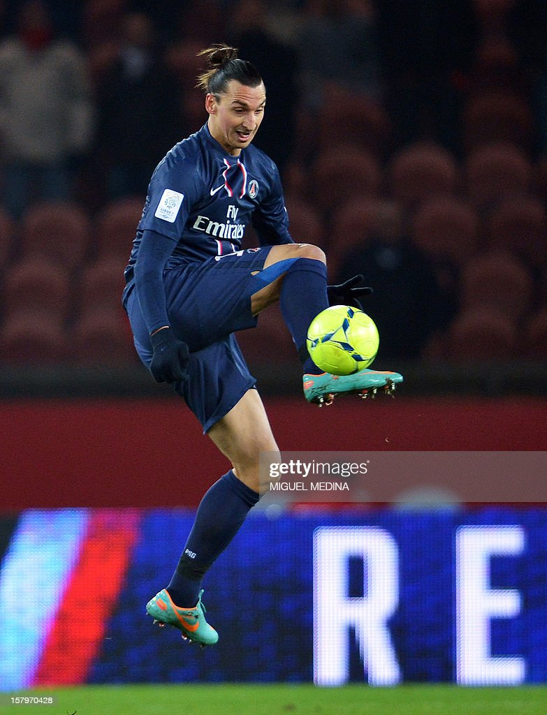 Paris Saint-Germain's Swedish forward Zlatan Ibrahimovic controls the ball during the French L1 football match Paris Saint-Germain (PSG) vs Evian Thonon Gaillard (ETGFC) on December 8, 2012 at the Parc des Princes stadium in Paris.