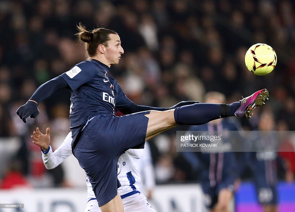 Paris Saint-Germain's Swedish forward Zlatan Ibrahimovic controls the ball during the French L1 football match Paris Saint-Germain (PSG) vs Bastia, on February 8, 2013 at the Parc des Princes stadium in Paris.