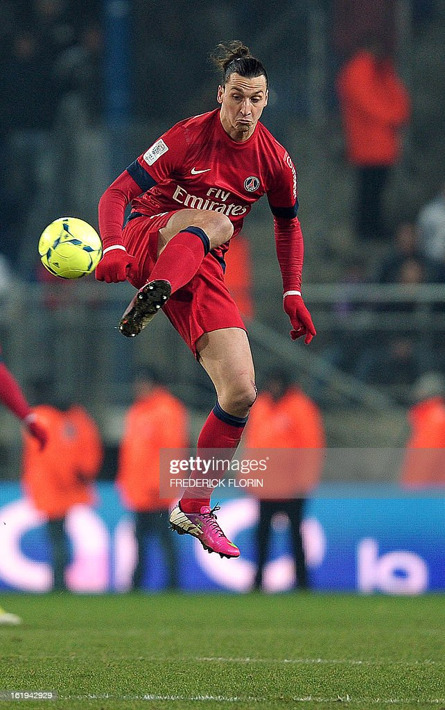 Paris Saint-Germain's Swedish forward Zlatan Ibrahimovic controls the ball during the French L1 football match Sochaux (FCSM) vs Paris (PSG) on February 17, 2013 at the Auguste Bonal stadium in Montbeliard, eastern France.