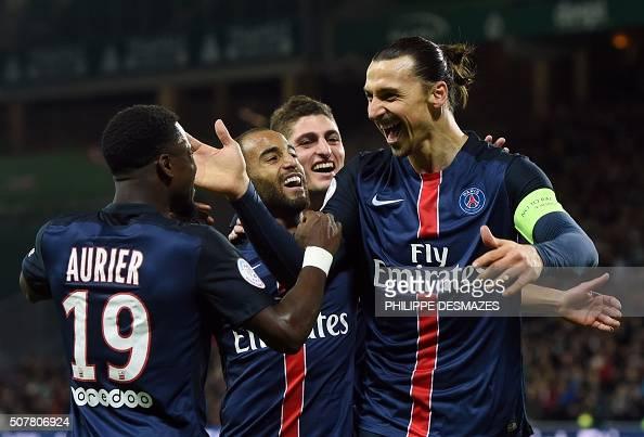 TOPSHOT Paris SaintGermain's Swedish forward Zlatan Ibrahimovic R celebrates with Paris SaintGermain's French midfielder Serge Airier Paris...