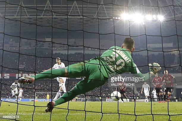 Paris SaintGermain's Swedish forward Zlatan Ibrahimovic shoots to scores a penalty kick during the French L1 football match Nice vs Paris...