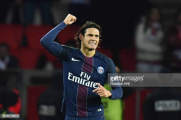 TOPSHOT Paris SaintGermain's Uruguayan forward Edinson Cavani celebrates after scoring a goal during the French L1 football match between Paris...