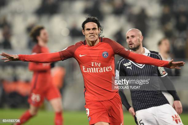 TOPSHOT Paris SaintGermain's Uruguayan forward Edinson Cavani celebrates after scoring a goal during the French Ligue 1 football match between...