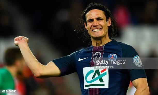 TOPSHOT Paris SaintGermain's Uruguayan forward Edinson Cavani reacts after missing a shot on goal during the French Cup semifinal match between Paris...