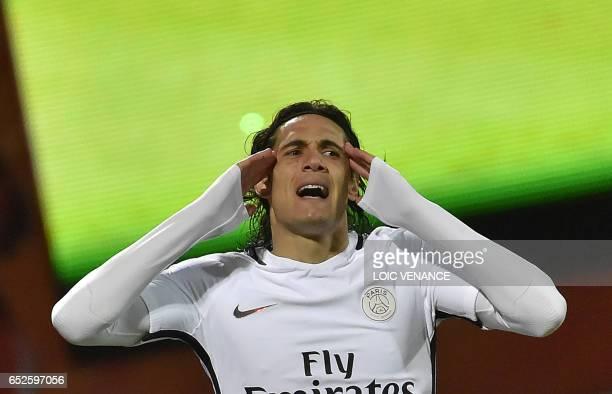TOPSHOT Paris SaintGermain's Uruguayan forward Edinson Cavani reacts during the French L1 football match Lorient vs Paris SG at the Moustoir stadium...