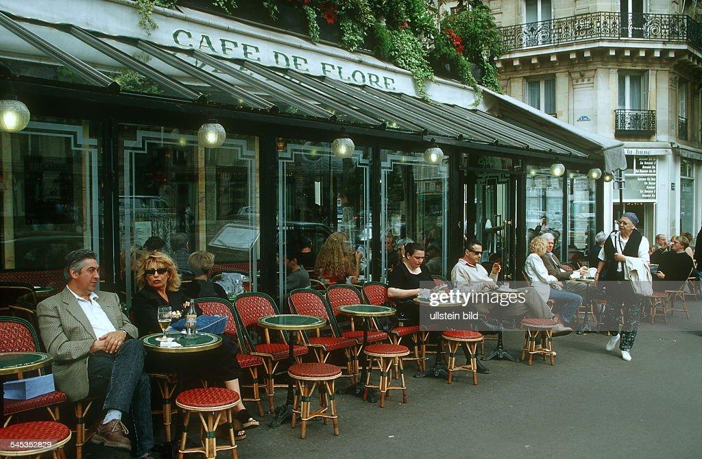 Strassencafe 'Cafe de Flore' im Stadtteil St Germain 2000