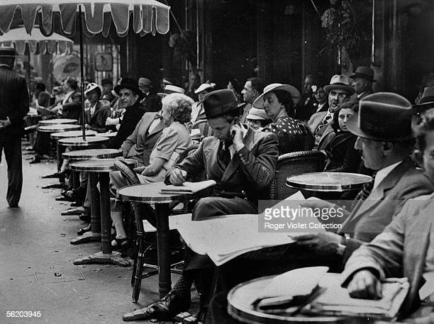 Paris The 'cafe de la Paix' one day of strike of the waiters
