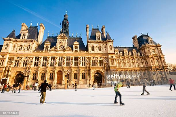 Patinage en hiver, Paris, France