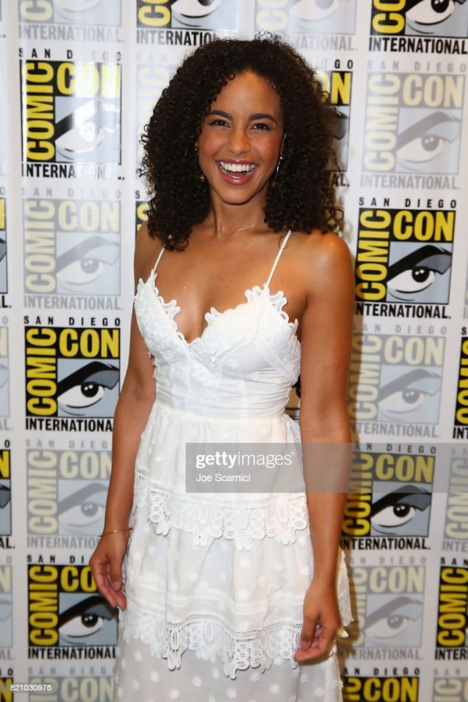 Parisa Fitz - Henley arrives at the 'Midnight Texas' press line at Comic-Con International 2017 on July 22, 2017 in San Diego, California.