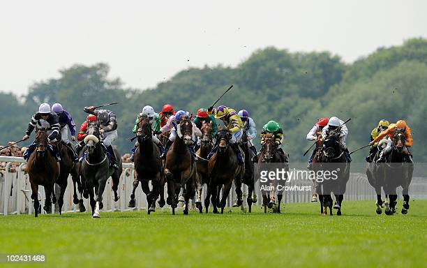 Parisian Pyramid and Stephen Craine win The Bet On Wimbledon At totesportcom Hadicap Stakes at Windsor racecourse on June 26 2010 in Windsor England