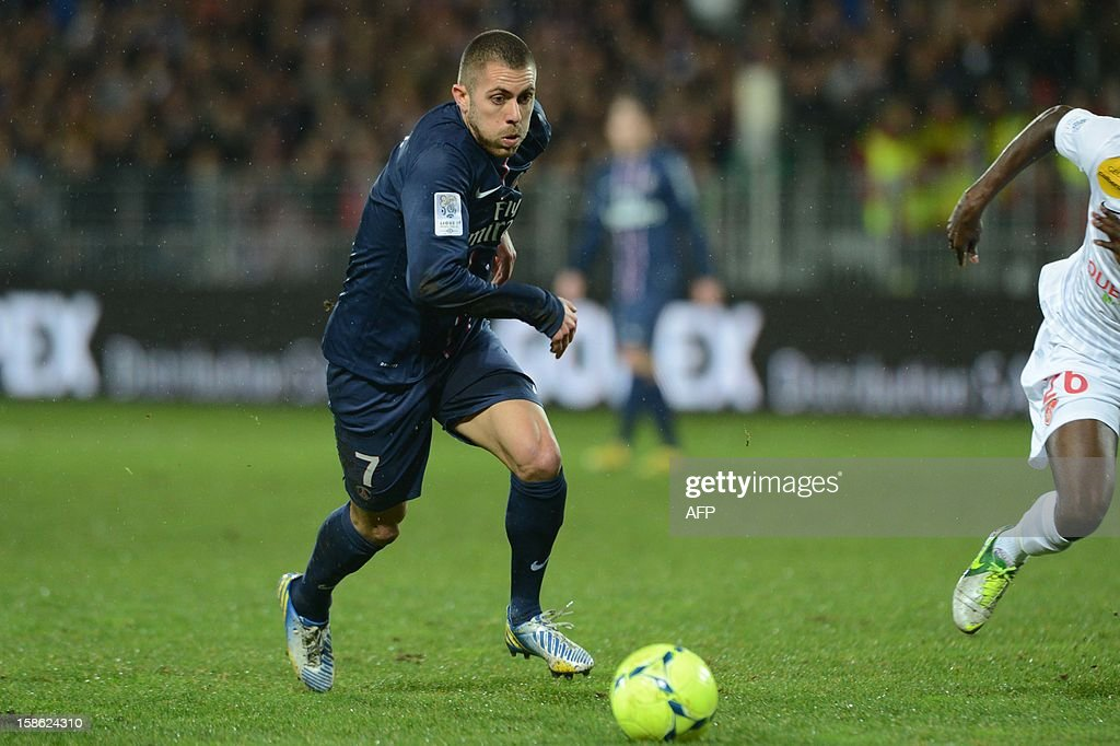 Paris's forward Jeremy Menez controls the ball during the French L1 football match Brest vs Paris Saint-Germain (PSG), on December 21, 2012 at the Francis Le Ble stadium in Brest, western France.