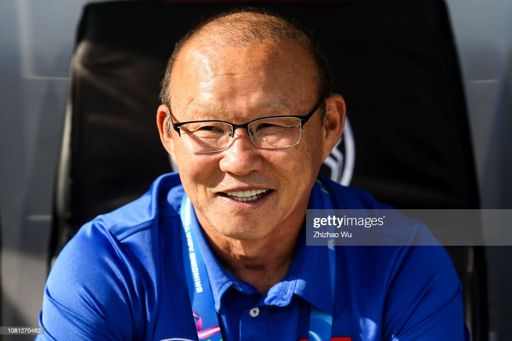 Park Hangseo coach of Vietnam in action during the AFC Asian Cup Group D match between Vietnam and Iran at Al Nahyan Stadium on January 12, 2019 in Abu Dhabi, United Arab Emirates.  (Photo by Zhizhao Wu/Getty Images)
