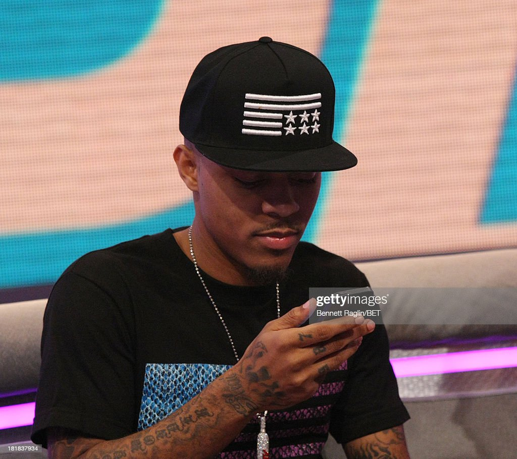 106 & Park host <a gi-track='captionPersonalityLinkClicked' href=/galleries/search?phrase=Bow+Wow+-+Rapper&family=editorial&specificpeople=211211 ng-click='$event.stopPropagation()'>Bow Wow</a> attends 106 & Park at 106 & Park Studio on September 23, 2013 in New York City.