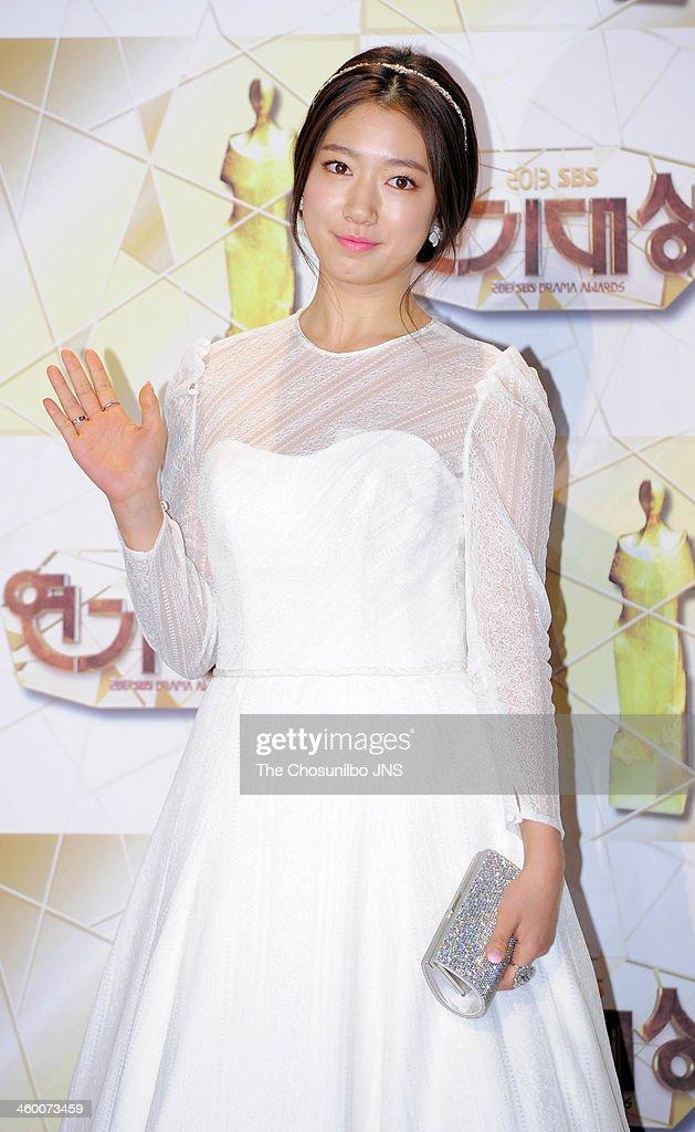 Park Shin Hye 2013 Drama Drama Awards | Getty I...