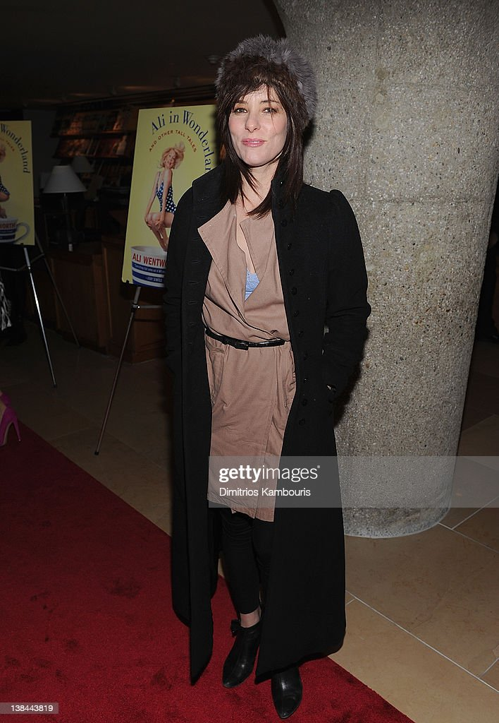 <a gi-track='captionPersonalityLinkClicked' href=/galleries/search?phrase=Parker+Posey&family=editorial&specificpeople=213402 ng-click='$event.stopPropagation()'>Parker Posey</a> attends the book launch party for Ali Wentworth's new book 'Ali In Wonderland' at Sotheby's on February 6, 2012 in New York City.