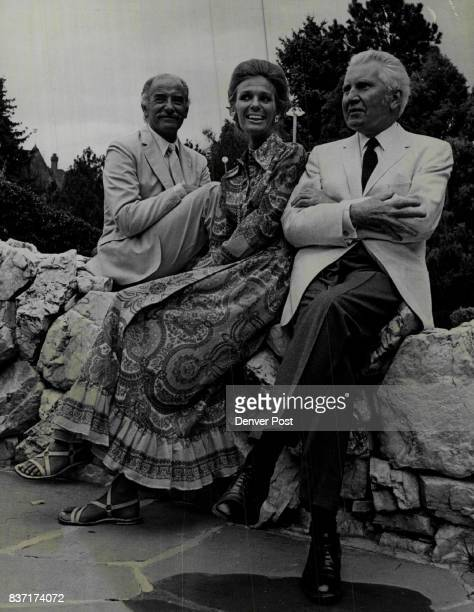 ParkLike Setting For Summer Party Partygoers at a recent garden supper given by Miss Eleanore Weckbaugh included from left Giulio di Giulio of Rome...
