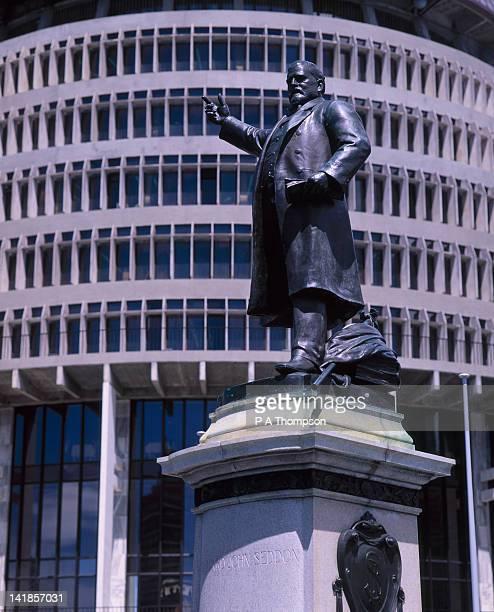 Parliament building and statue of Richard John Seddon, Wellington, North Island, New Zealand