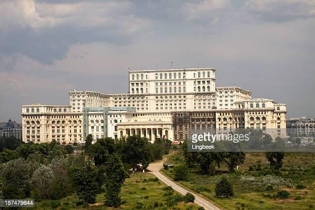 Le palais du Parlement ou Palatul Parlamentului