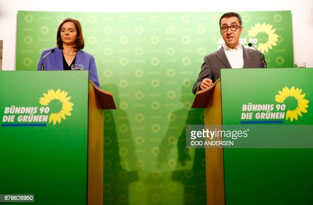 Parliamentary group coleader of the Greens ecologist party Katrin GoeringEckardt and party coleader Cem Ozdemir address a press conference in Berlin...