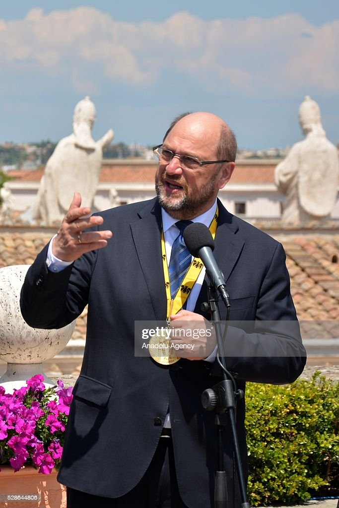 EU Parliament's speaker Martin Schulz speaks during a press conference on the Charlemagne Prize 2016, in Vatican City on May 06, 2016. Pope Francois has been awarded the 2016 International Charlemagne Prize.