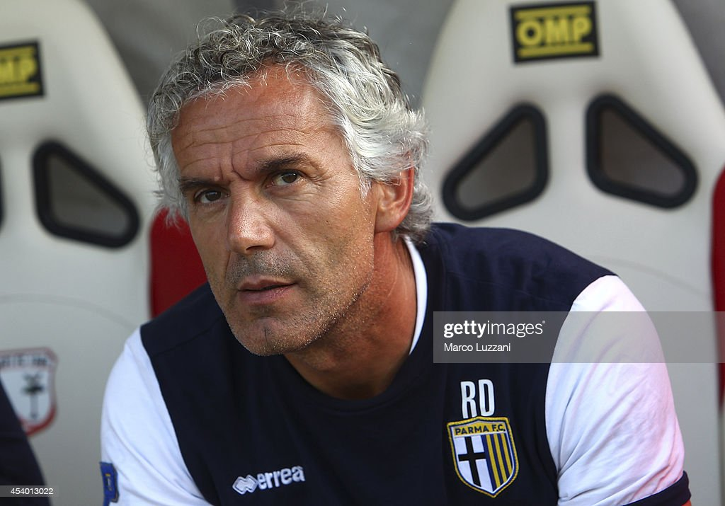 Parma FC coach <a gi-track='captionPersonalityLinkClicked' href=/galleries/search?phrase=Roberto+Donadoni&family=editorial&specificpeople=654860 ng-click='$event.stopPropagation()'>Roberto Donadoni</a> looks on before during the pre-season friendly match between Carpi FC and FC Parma at Stadio Sandro Cabassi on August 23, 2014 in Carpi, Italy.