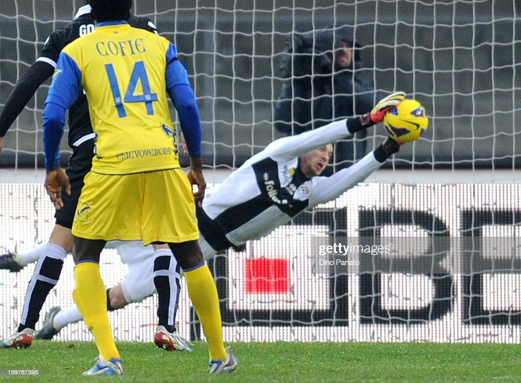 Parma FC goalkeeper <a gi-track='captionPersonalityLinkClicked' href=/galleries/search?phrase=Antonio+Mirante&family=editorial&specificpeople=2114402 ng-click='$event.stopPropagation()'>Antonio Mirante</a> save at the chievo shot during the Serie A match between AC Chievo Verona and Parma FC at Stadio Marc'Antonio Bentegodi on January 20, 2013 in Verona, Italy.