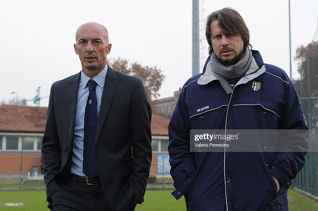 FC Parma head coach Pizzi (L) looks on during the Juvenile match between Juventus FC and FC Parma at Juventus Center Vinovo on November 21, 2012 in Vinovo, Italy.