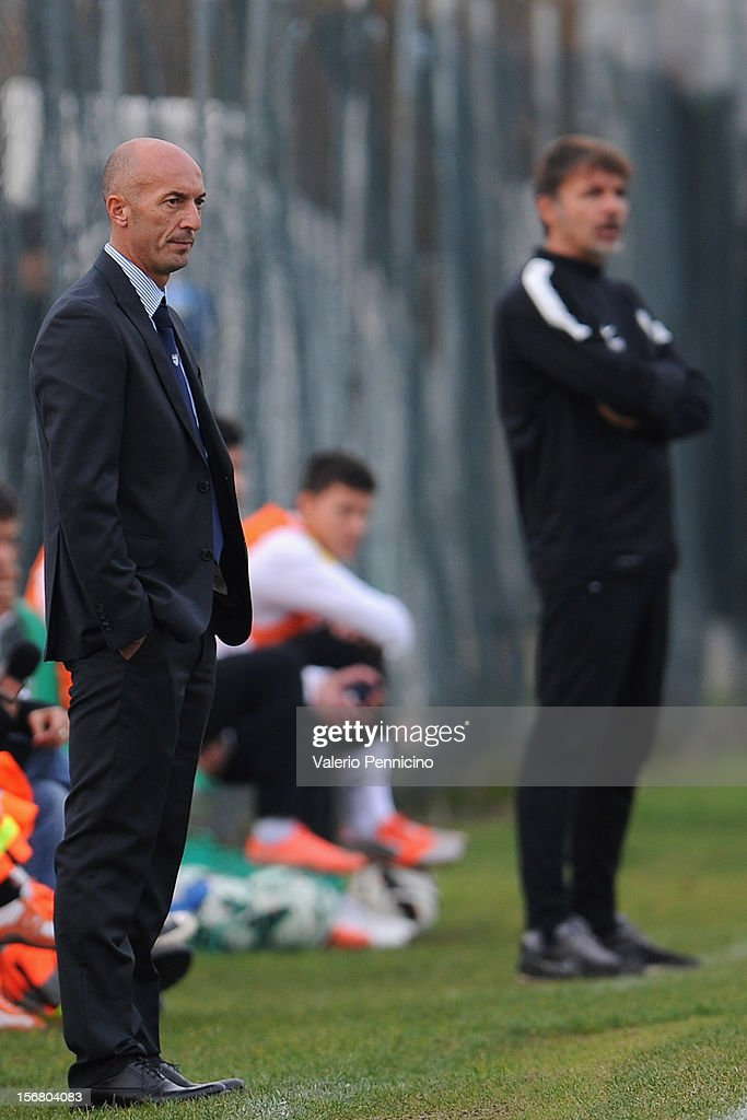 FC Parma head coach Pizzi (L) watches the action during the Juvenile match between Juventus FC and FC Parma at Juventus Center Vinovo on November 21, 2012 in Vinovo, Italy.