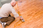 Parquet floor waxing