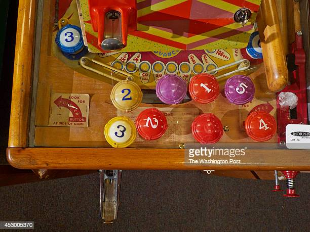 Part 1 of the David Silverman collection of vintage pinball machines were auctioned at Morphy Auctions in Denver PA on Friday February 21 2014 Lot 16...