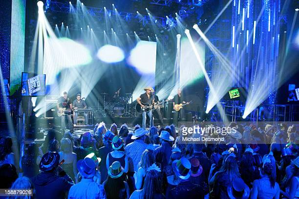 S NEW YEAR'S ROCKIN' EVE WITH RYAN SEACREST 2013 'Part 1' Ryan Seacrest spotlights some of the year's hottest artists groups and songs Fergie hosts...