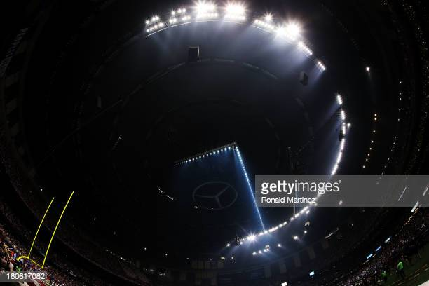 A partial power outage during the third quarter causes a 34 minute delay in the game during Super Bowl XLVII at the MercedesBenz Superdome on...