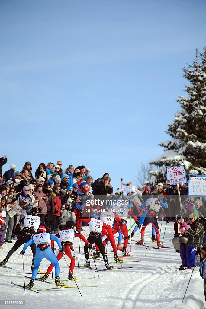 Participants compete during the Nordic Transjurassienne skiing race on February 10, 2013 in Lamoura, eastern France. AFP PHOTO / SEBASTIEN BOZON