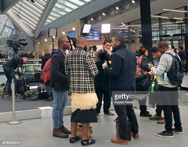 Participants hold discussions during the socalled COP23 UN climate change talks in Bonn Germany on Nov 15 2017 ==Kyodo