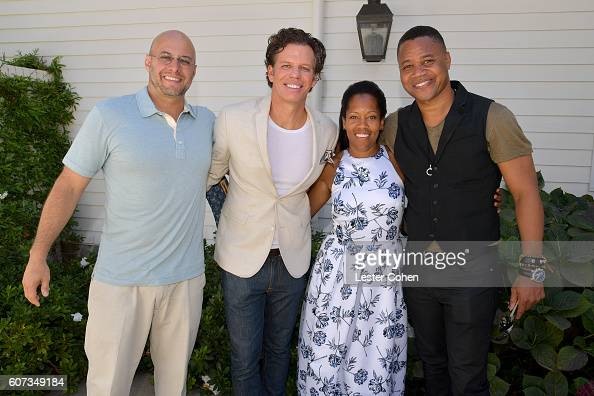 ICM Partners' Chris Silbermann and Chuck James with actors Regina King and Cuba Gooding Jr at the ICM Partners PreEmmy Brunch on September 17 2016 in...