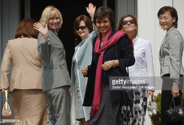 Partners of G8 leaders from left Ludmila Putina Laureen Harper Cherie Blair Flavia Prodi Margarida Uva and Alie Abe visit Schlosshotel Burg Schlitz...