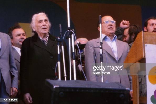 Party in the 'Casa de Campo' Dolores Ibarruri 'La Pasionaria' and Santiago Carrillo in a festival of the Spanish Communist Party Madrid Spain