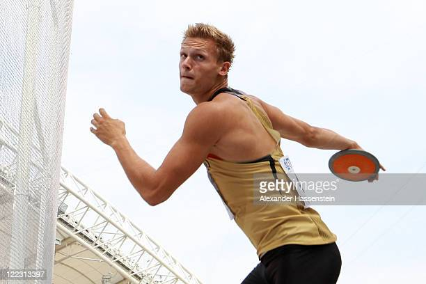 Pascal Behrenbruch of Germany competes in the discus throw in the men's decathlon during day two of the 13th IAAF World Athletics Championships at...