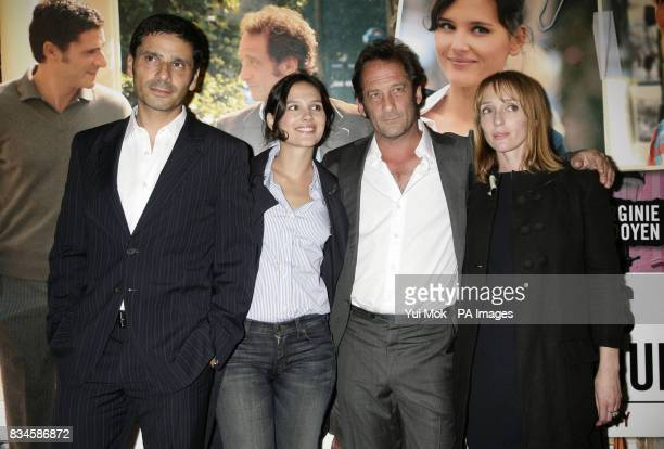 Pascal Elbe Virginie Ledoyen Vincent Lindon and Mar Sodupe arrive for the gala premiere of French film 'Mes Amis Mes Amours' at the Cine Lumiere...