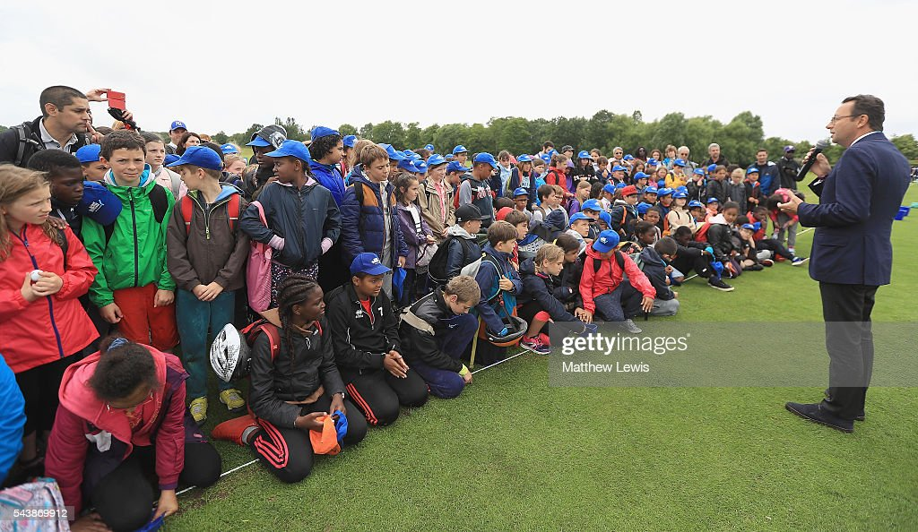 Pascal Grizot, president of Ryder Cup France talks to local school children, during a Mon Carnet de Golf Clinic during day one of the 100th Open de France at Le Golf National on June 30, 2016 in Paris, France.