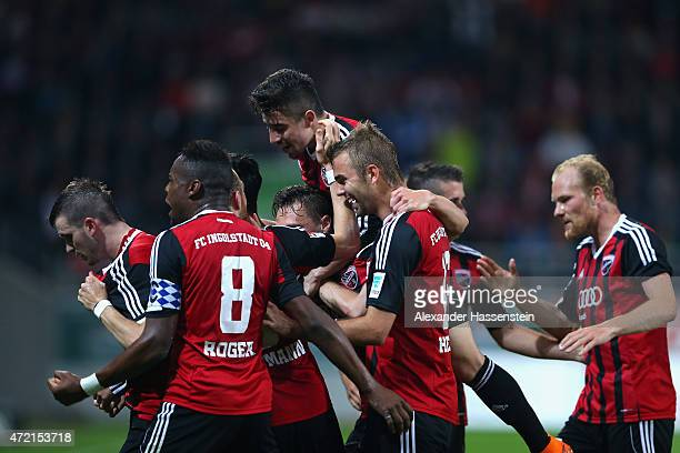 Pascal Gross of Ingolstadt celebrates scoring the opening goal with his team mates during the Second Bundesliga match between FC Ingolstadt and 1 FC...