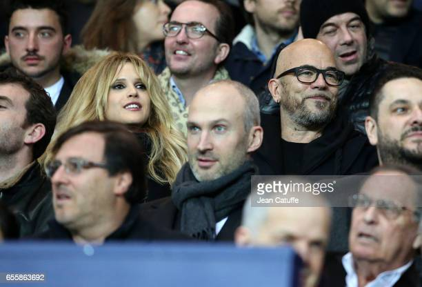 Pascal Obispo and his wife Julie Hantson attend the French Ligue 1 match between Paris SaintGermain and Olympique Lyonnais at Parc des Princes...