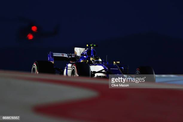 Pascal Wehrlein of Germany driving the Sauber F1 Team Sauber C36 Ferrari on track during qualifying for the Bahrain Formula One Grand Prix at Bahrain...