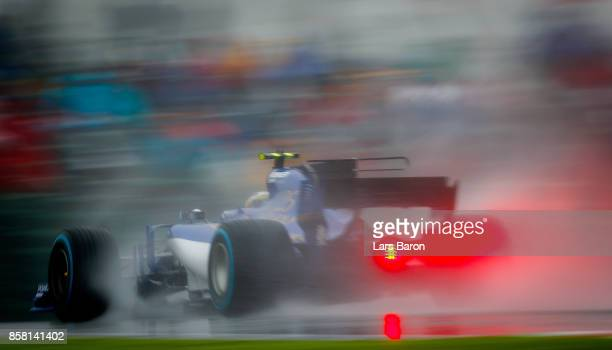 Pascal Wehrlein of Germany driving the Sauber F1 Team Sauber C36 Ferrari on track during practice for the Formula One Grand Prix of Japan at Suzuka...