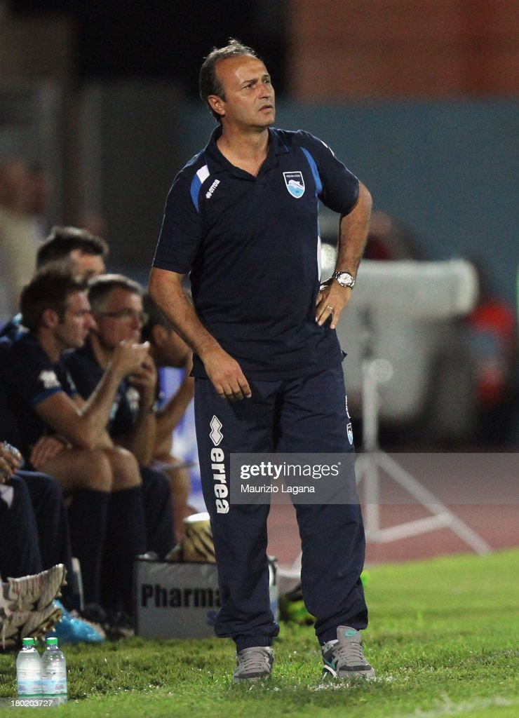 <a gi-track='captionPersonalityLinkClicked' href=/galleries/search?phrase=Pasquale+Marino&family=editorial&specificpeople=4306101 ng-click='$event.stopPropagation()'>Pasquale Marino</a> head coach of Pescara during the Serie B match between Trapani Calcio and Pescara Calcio at Stadio Provinciale on September 2, 2013 in Trapani, Italy.