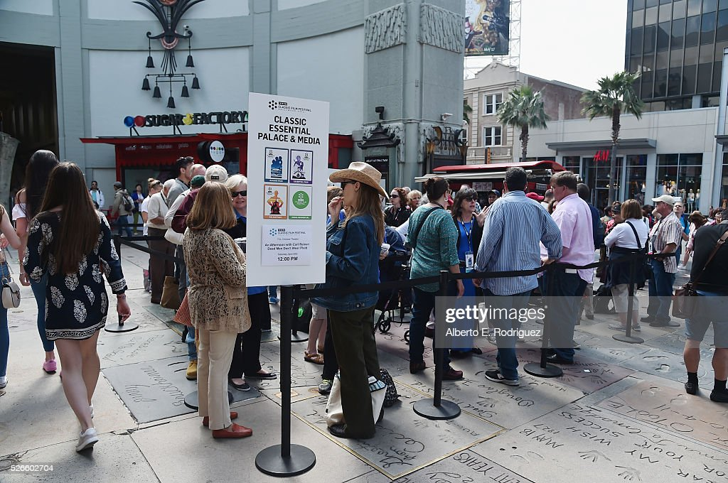 Passholders wait in line at 'One Man's Journey' screening during day 3 of the TCM Classic Film Festival 2016 on April 30, 2016 in Los Angeles, California. 25826_006
